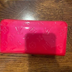 Hot pink patent zipper wallet